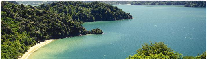 Ta dig runt på Haiti på dina egna villkor i en hyrbil från Hertz!