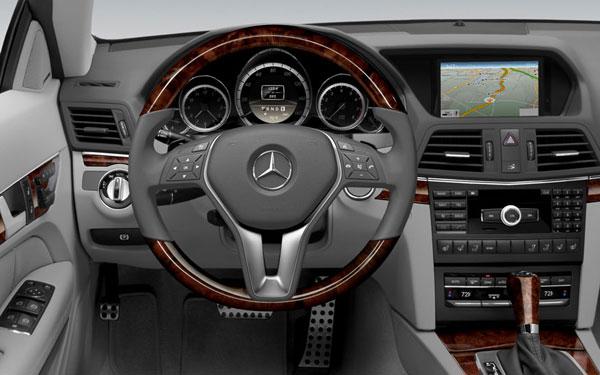 940033430 Mercedes 350 Sl R107 1974 Light Blue Metallic 1 43 also Mercedes Benz 350sl additionally Product detail in addition Watch besides File 2000 Mercedes Benz SLK 200 Kompressor  R 170  roadster  2011 12 06. on mercedes benz sl 350