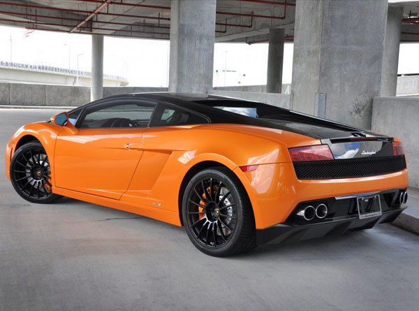 Lamborghini Gallardo Bicolore Rental Hertz - Sports cars rental